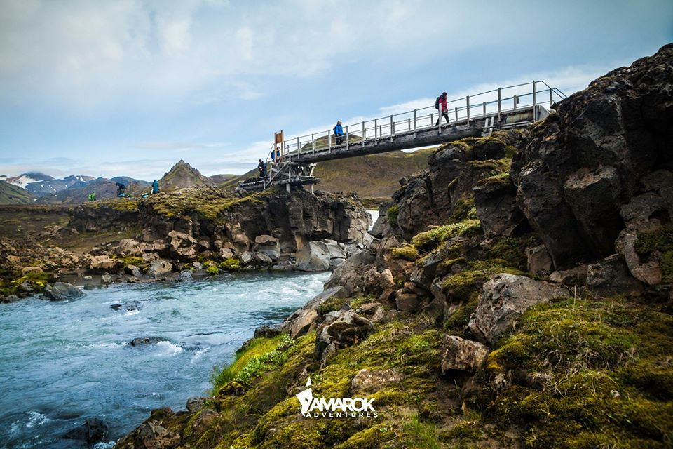 trekking laugavegur cruce puente
